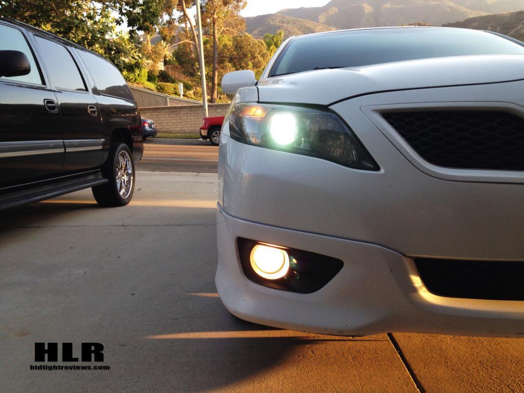 camry-headlights-hid-lights