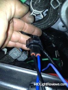 capacitor-to-headlight-plug