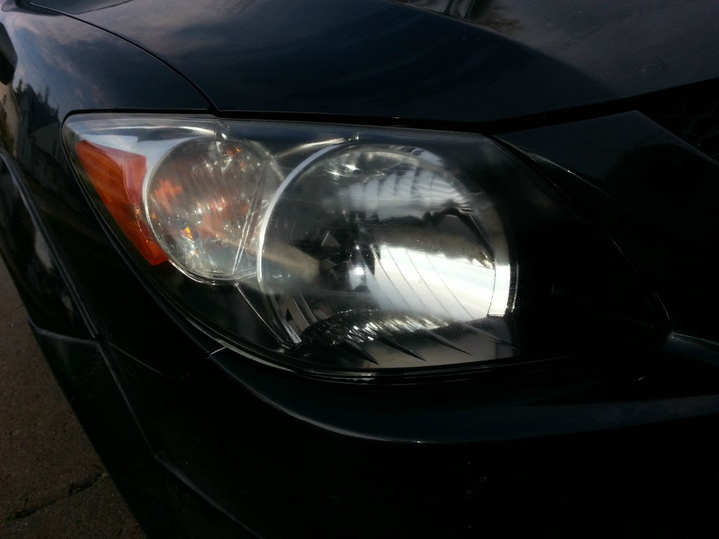 clean headlight housing